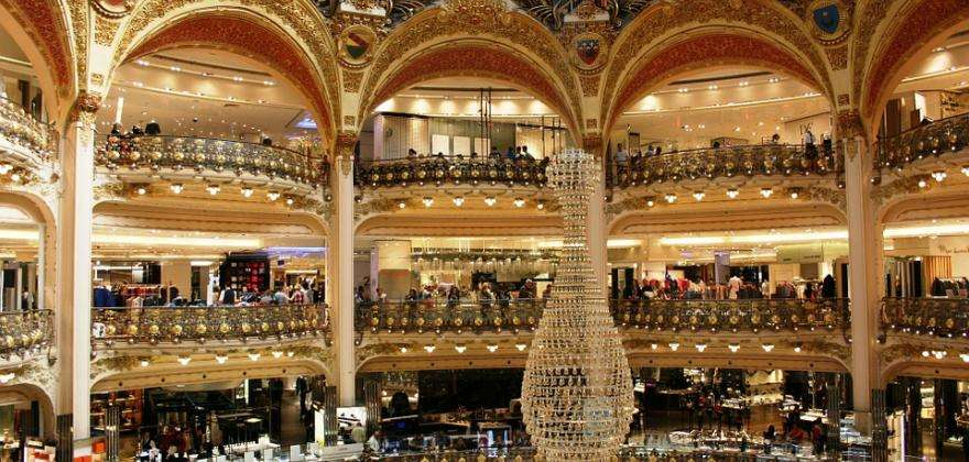 A family outing at the Galeries Lafayette workshops
