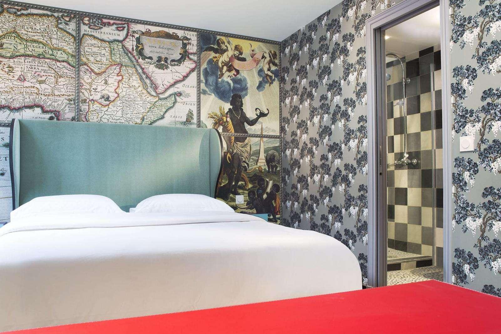 Decoration De Chambre Theme Paris hotel du continent in parischristian lacroix