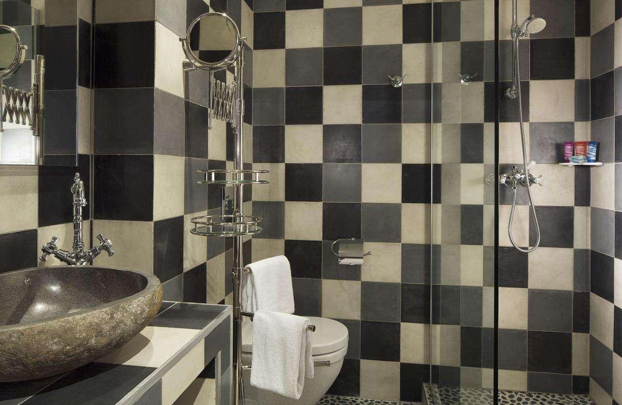 Hôtel du Continent - Chambre - Salle de bain